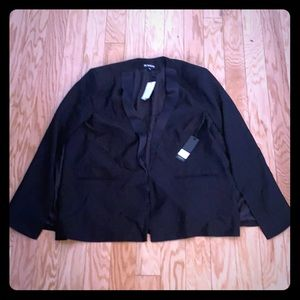NWT Bb Dakota solid black lined blazer